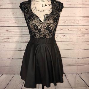 Windsor Skater Skirt Mini Black Dress Size M